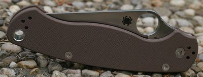 Spyderco ParaMilitary 2 Review | Knife Informer