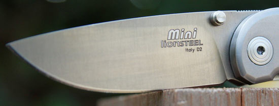 LionSteel-Mini-8200-blade