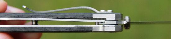 LionSteel-Mini-8200-lockup